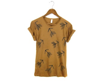 Tribal Arrow Pattern Tee - Boyfriend Fit Crew Neck Tshirt with Rolled Cuffs in Rust and Black - Women's Size S-4XL