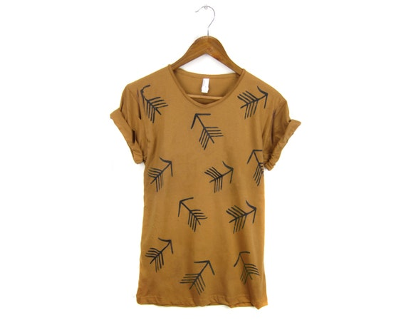 Tribal Arrow Pattern Tee - Boyfriend Fit Scoop Neck Cotton Tshirt with Rolled Cuffs in Rust and Black - Women's Size S-4XL