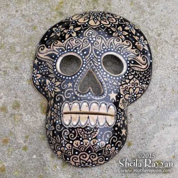 Skull Mask - ceramic wall decor