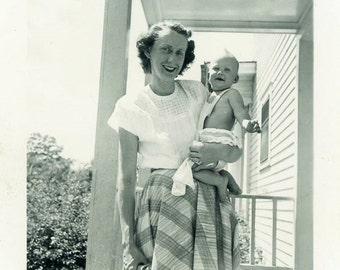 "Vintage Photo ""Happy Happy Mommy"" Snapshot Antique Photo Old Black & White Photograph Found Paper Ephemera Vernacular - 61"