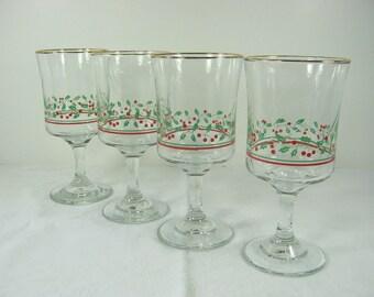Vintage CHRISTMAS WINE GOBLETS Holly Glasses HOLiDAY Set/4 Glassware Stemware Arbys