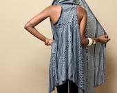 Japa Hooded Vest