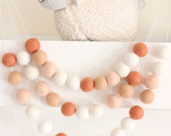 Ombre Coral Garland- Nursery Decor- Peach Coral Felt Ball Garland-Pom Pom Bunting- Baby Shower Decor- Pastel Decor- Coral Bunting- Baby room