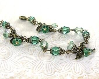 Prairie Green Vintage Style Flower Bracelet - Czech Bead Bracelet - Sage Green Wedding Bridesmaids Gift - Gift For Her Brass Boho Jewelry