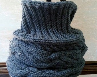 Textured Chunky Infinity Cowl in Denim