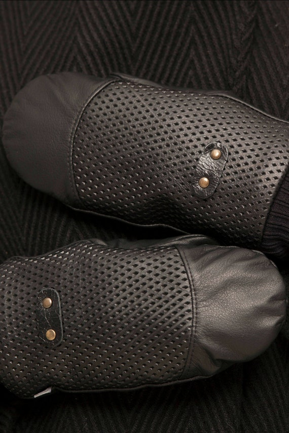 GROENLAND - leather and mittens for mens - black