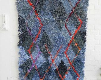 Boucherouite rug red geometric Indigo upcycled Denim Blue Harlequin rosehip diamond-pattern magic carpet 165 x 90 cm 65 x 36 inches