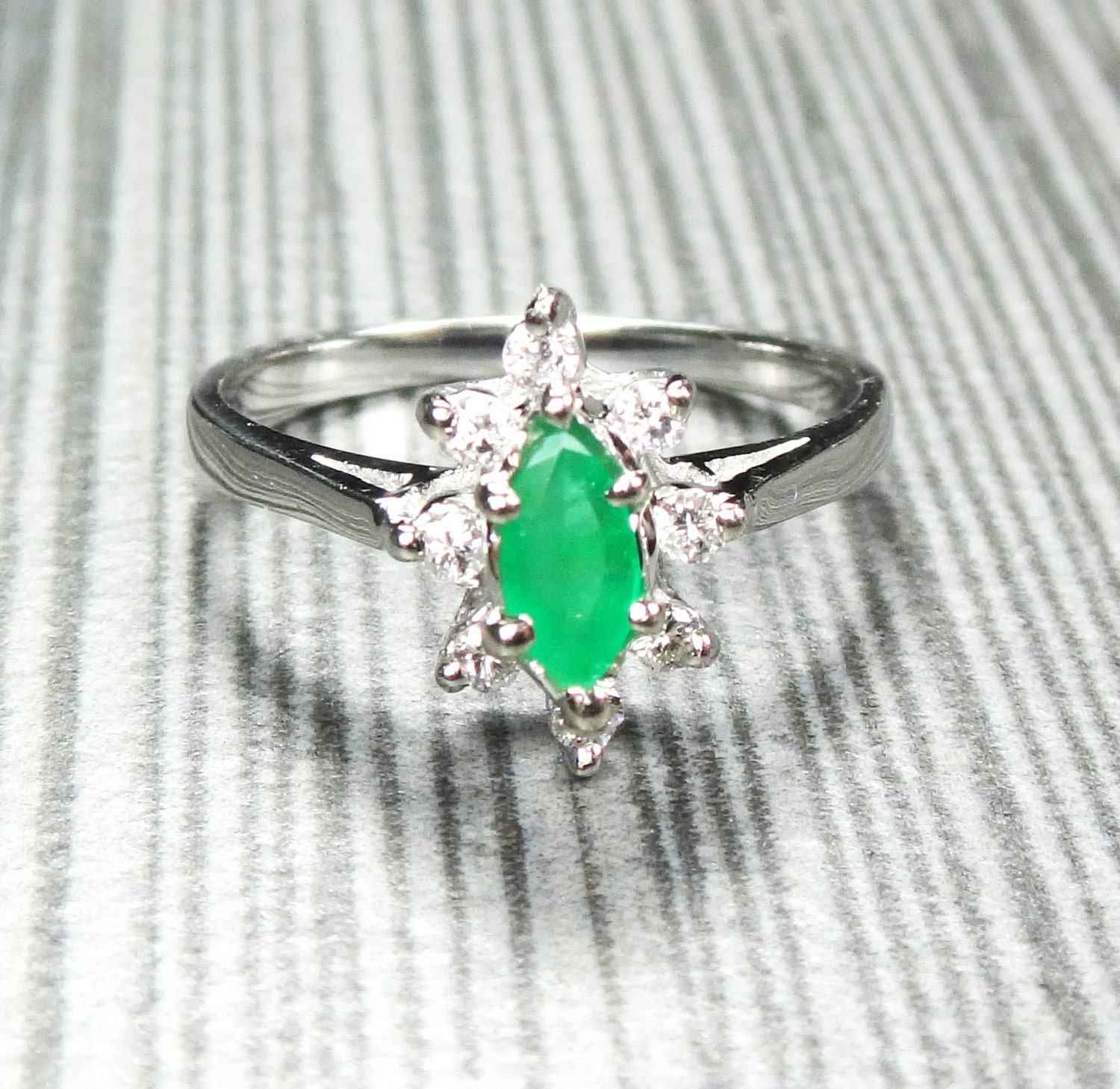 vintage 14k gold emerald ring marquise genuine emerald