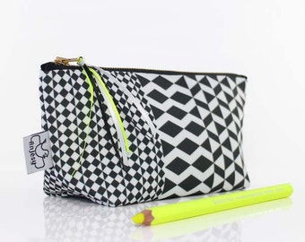 Minimalist makeup bag by ANJESY design