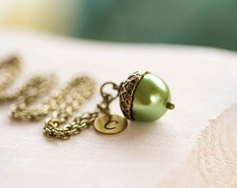 Personalized Acorn Necklace Initial Necklace Pearl Brass Green Acorn Pendant Necklace Fall Jewelry Woodland Jewelry Valentines day gift