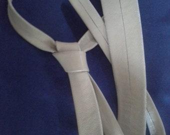 60's beige leather tie