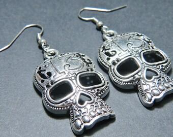 Skull Earrings Skull Charms Silver Earrings Antiqued Silver Skull Earrings Fall Jewelry Autumn Jewelry Halloween Gift