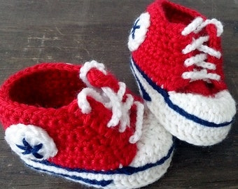 Crochet Baby Booties, Baby Sneakers, Converse Style Baby Booties. Red, white and black