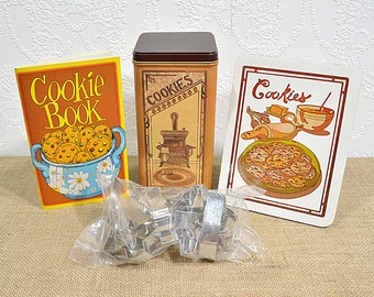 Vintage Cookie Baking Kit- Potpourri Press Cookie Tin Set with Recipe Book, Tin, Trivet, and Cookie Cutters, New Old Stock in Original Box