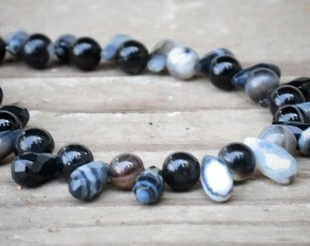 Black lace agate bracelet,uniquestonesforu,black lace agate tear drop stones,handmade bracelet,natural stones,handcrafted,bracelet,jewelry