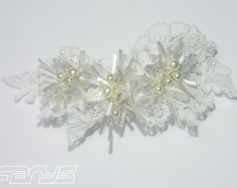 CARIS hair accessories of lace and pearls