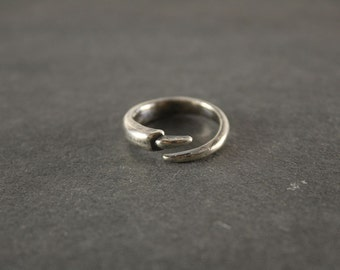 Witch Nail Ring