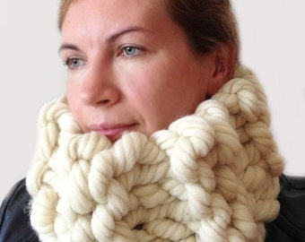Super Chunky Knit scarf , Super chunky scarf, Chunky infinity scarf, Super bulky scarf,Chunky Wool scarf, Chunky scarf, 6x28 inches 15X70 cm