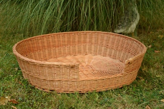 Medium/Large Dog Bed Large Dog Basket Wicker Dog Furniture