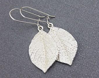 Silver Leaf Pendant Earrings. Bridesmaid Earrings , Simple and Modern Earrings.Silver Filigree Earrings