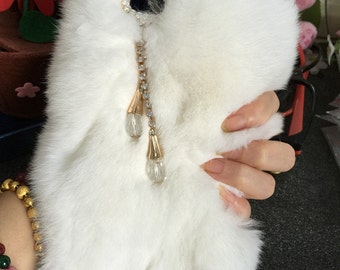 Charms Luxury Lovely White Bling Soft Fluffy Fur Furry Sparkles Gems Crystals Rhinestones Diamond Fashion Hard Cover Case for Mobile Phones