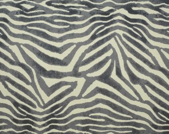 CLARENCE HOUSE MANDARI Animal Print Linen Fabric 10 Yards Grey