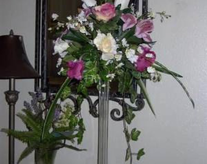 Eiffel Towers centerpieces  you choices or 5 styles