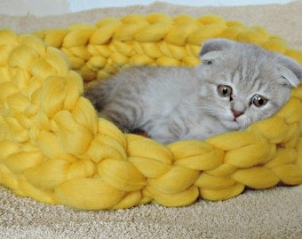Cat bed, Chunky Cat Bed, Cat, Cat Cave, Kitten, Cat furniture, Cats, Merino Cat Bed, Pet Bed, Dog Bed