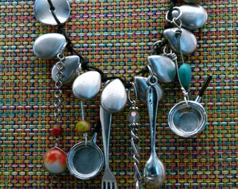 Pots and Pans and More, N0301
