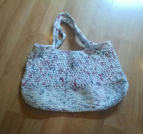 Crochet Plarn Tote Bag Pattern : Crocheted plarn tote market shopping bag/ large purse