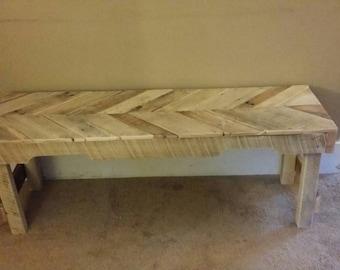 Chevron  pallet bench