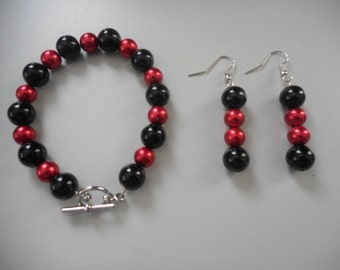 Black and Red Pearl Bracelet and Dangle Earrings