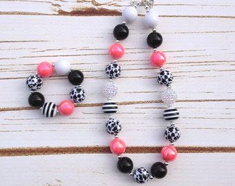 Black & White Chunky Necklace and Bracelet, gumball bead necklace, black and white chunky beads, girls chunky necklace, cow print bead
