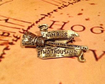 Harry Potter inspired Brooch, Hogwarts, Quidditch, Broomstick, Jewellery, Jewelry, Wizard, Badge, Magic
