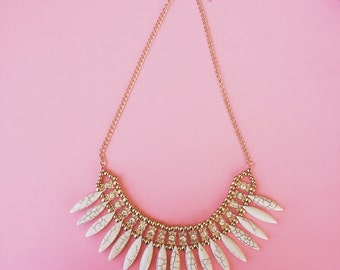 White and gold pendant statement necklace
