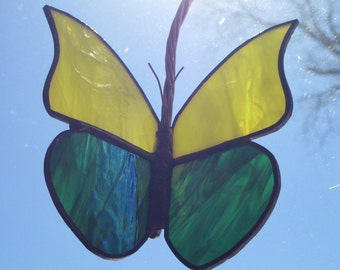 """A Beautiful New Stained Glass Work """"Yellow & Green Butterfly"""" 3D, Mobile, Yellow / Iridized Green Glass, 8""""x5"""", U.S. ARTIST, U.S. MADE, 2015"""