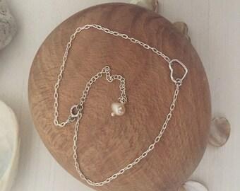 Silver heart bracelet- charm bracelet - heart bracelet - silver bracelet- UK bracelet