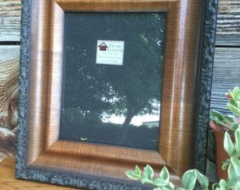 Walnut finish 8 x 10 frame with glass