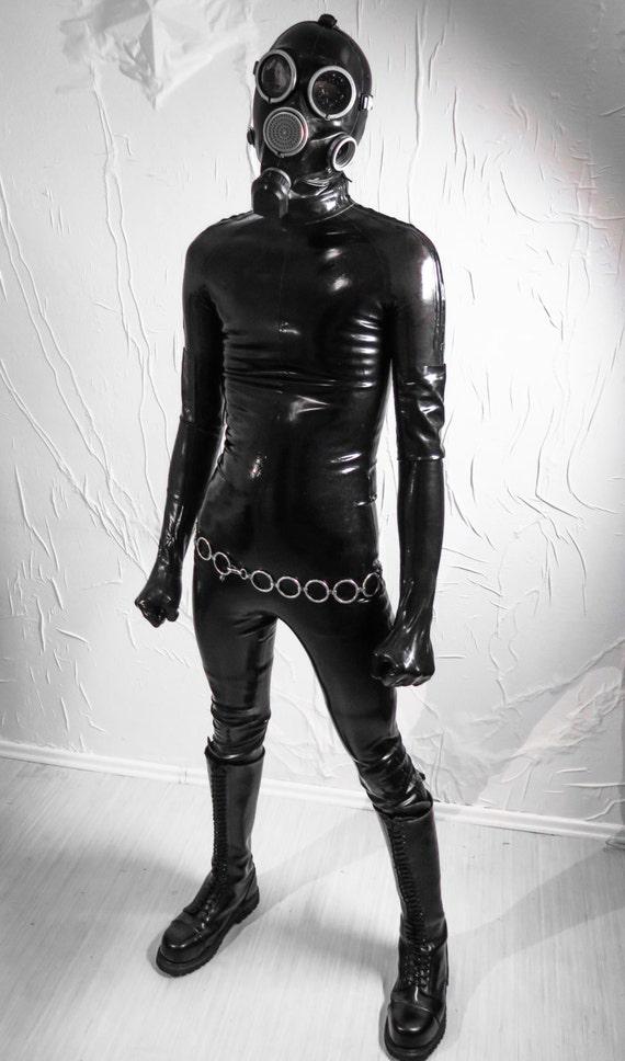 Latex Anzug