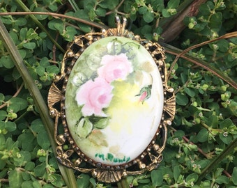 Hand Painted 70s Brooch