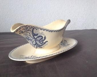 Vintage sauceboat Porcelain Terre de Fer