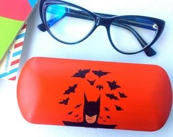 Glasses case batman - sunglass case - batman accessories - batman art - eyeglass case batman inspired - hard sunglass case - batman gift
