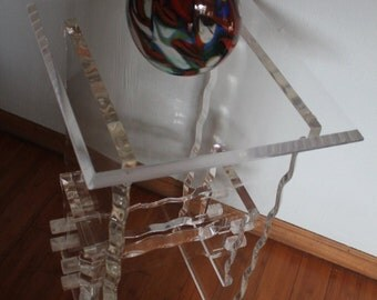 Wonderful Vintage Occasional  Oval Lucite  Acrylic Table.