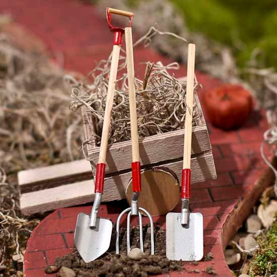 Fairy garden tools miniature garden tools dollhouse tools for Gardening tools 94 game