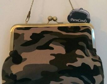 KHAKI CLUTCH - Kitsch army print clutch bag