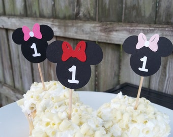 24 ct. Minnie Mouse cupcake topper