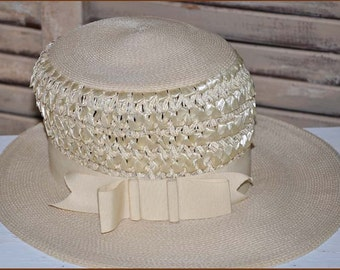 Ivory Straw Boaters Hat, Ivory Wide Brim Hat, Ladies Ivory Wide Brim Hat, Raffia Straw Hat, Vintage Straw Hat, Ivory Hat