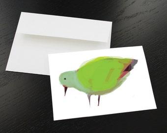 """Carte de souhaits """"Oiseau vert, rose, mauve"""". Format, une fois plié 5 x 7, intérieur blanc. Enveloppe comprise."""