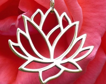 Large Lotus Spiritual Pendant Bronze Flower Charm Necklace Yoga Jewelry UK Seller