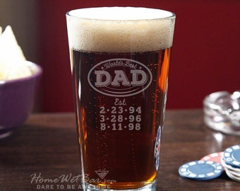 Custom Pint Glass for World's Best Dad - Unique Beer Gifts Personalized When You Order - Great for Dad Grandpa or Father in Law